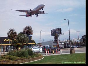 LAX-plane-landing