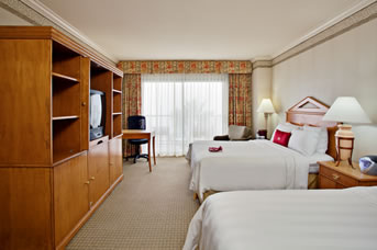 RB-Crowne-Plaza-double-room-fromhotel