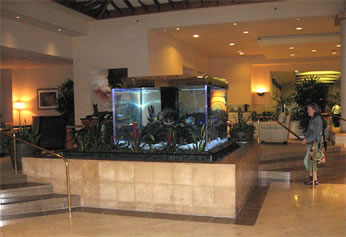 RB-Crowne-Plaza-lobby_(0125)