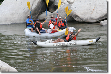 rafting-the-kern_OarsUp-026