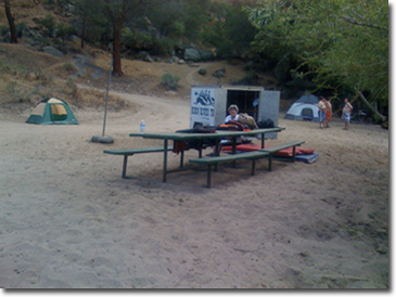 rafting-the-kern_camping